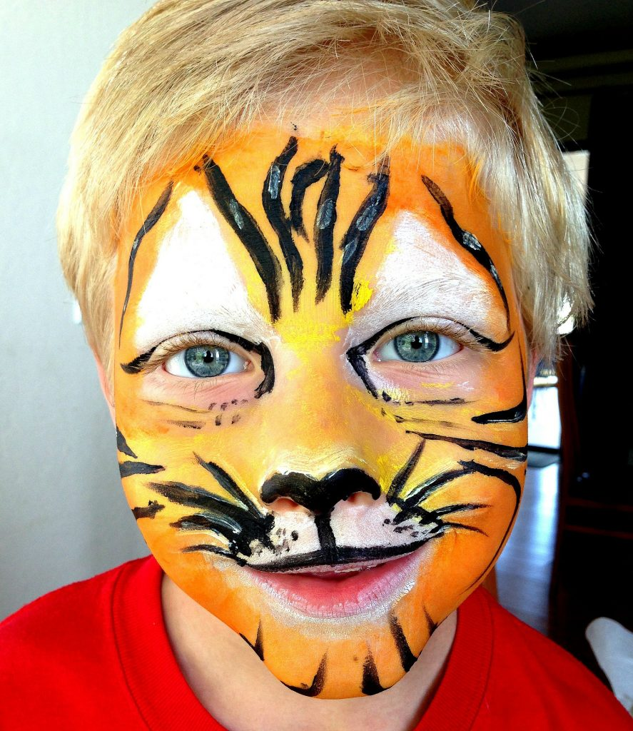 Anniversaire animations maquillage enfant tigre